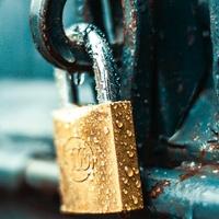 Partialité AMO : du référé secret des affaires au précontractuel