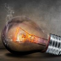 Achat d'électricité : le choix des critères de sélection au niveau de l'accord-cadre et des marchés subséquents